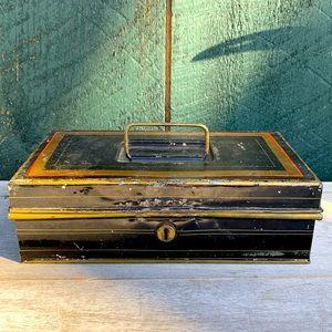 Vintage | Metal Paymaster Gold Trimmed Cash Box